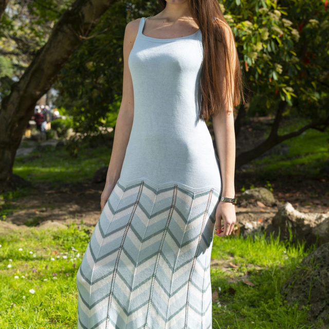 Плетена рокля Далия в синьо