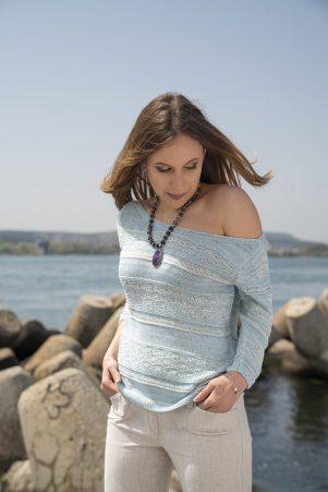 Пуловер Корделия в синьо