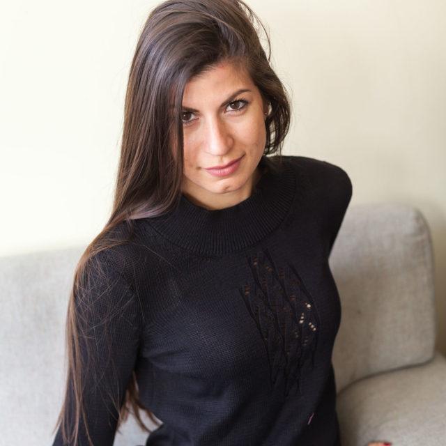 Пуловер Кейтлин в черно