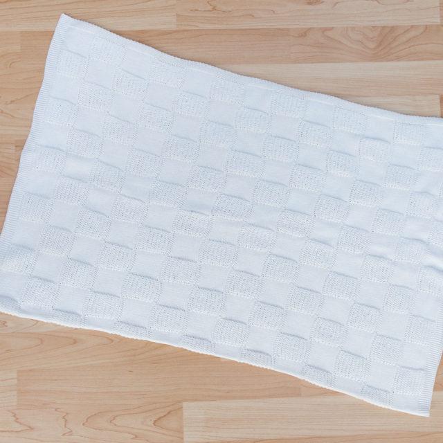 Пелена перлени квадратчета екрю