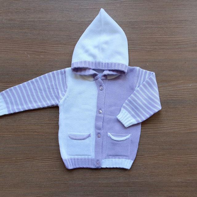 Бебешка жилетка с джобчета