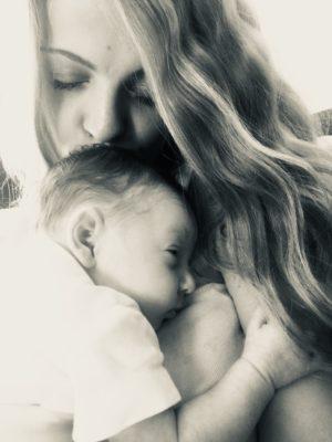 майчински инстинкт