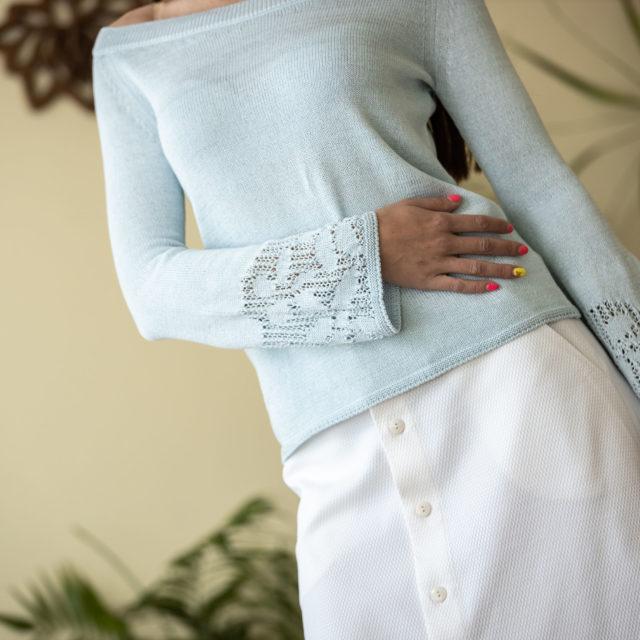 Пуловер Евелина цвят небесно синьо 02