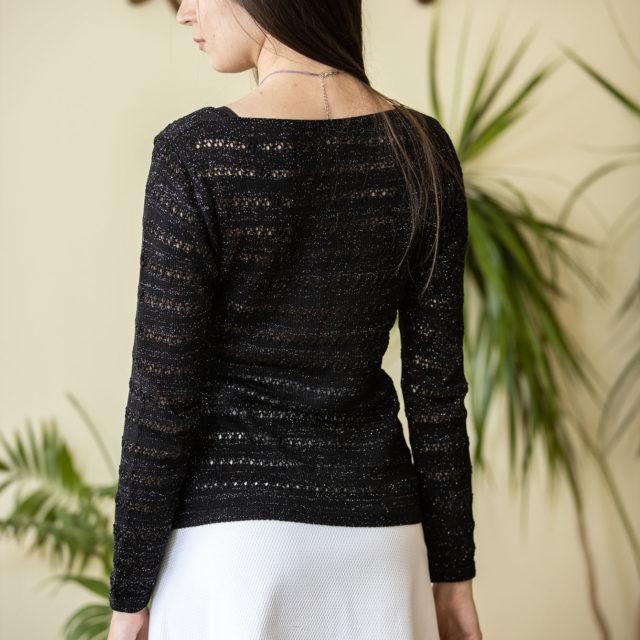 Пуловер Зора в черно 02