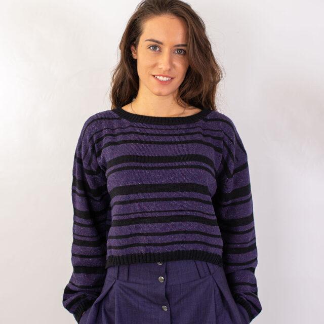 Плетен пуловер с райета в лилаво-01