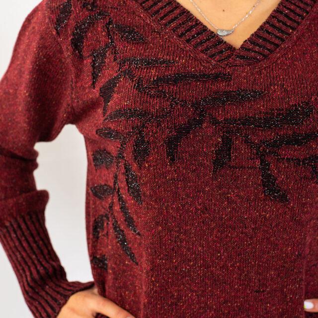 Пуловер с есенен мотив в червено-02